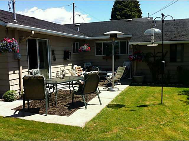 """Photo 14: Photos: 1397 TATLOW Avenue in North Vancouver: Norgate House for sale in """"Norgate"""" : MLS®# V1068905"""