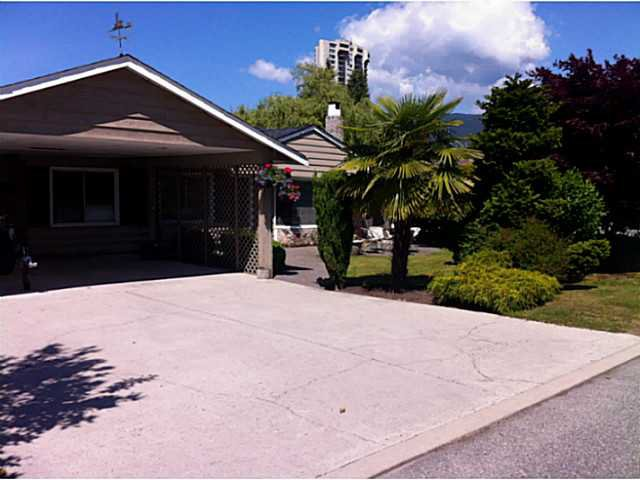 """Main Photo: 1397 TATLOW Avenue in North Vancouver: Norgate House for sale in """"Norgate"""" : MLS®# V1068905"""