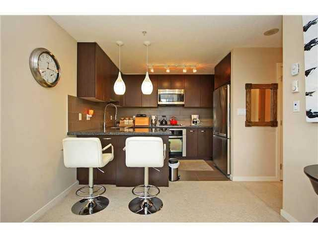 "Photo 9: Photos: 2705 2982 BURLINGTON Drive in Coquitlam: North Coquitlam Condo for sale in ""EDGEMONT"" : MLS®# V1111354"