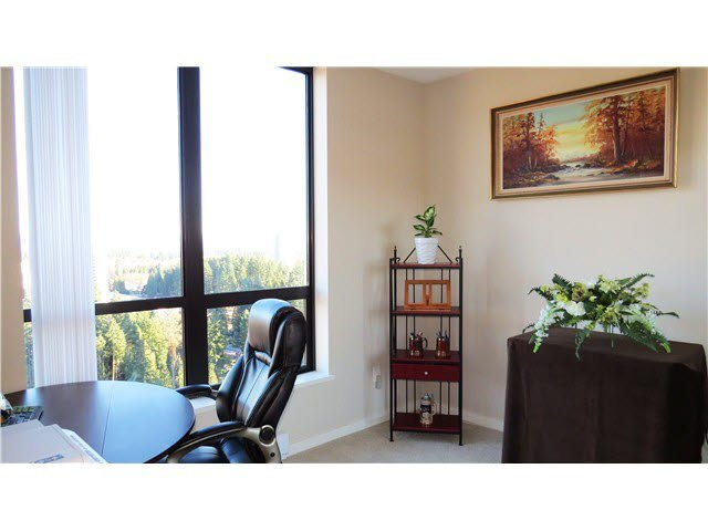 "Photo 14: Photos: 2705 2982 BURLINGTON Drive in Coquitlam: North Coquitlam Condo for sale in ""EDGEMONT"" : MLS®# V1111354"