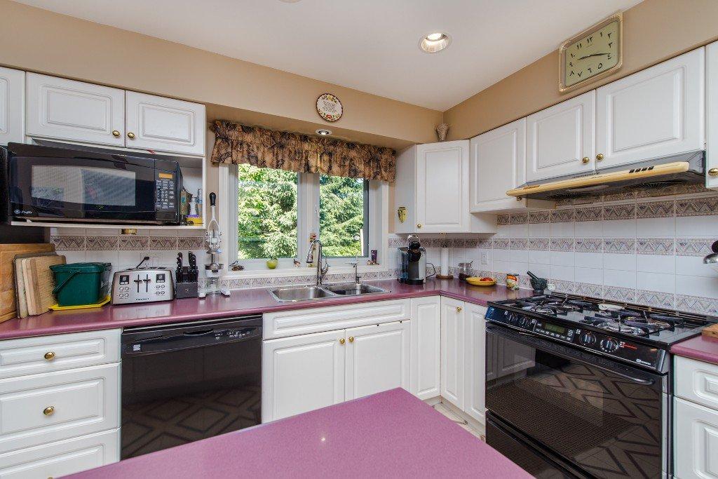 "Photo 20: Photos: 18190 92 Avenue in Surrey: Port Kells House for sale in ""PORT KELLS"" (North Surrey)  : MLS®# R2078409"