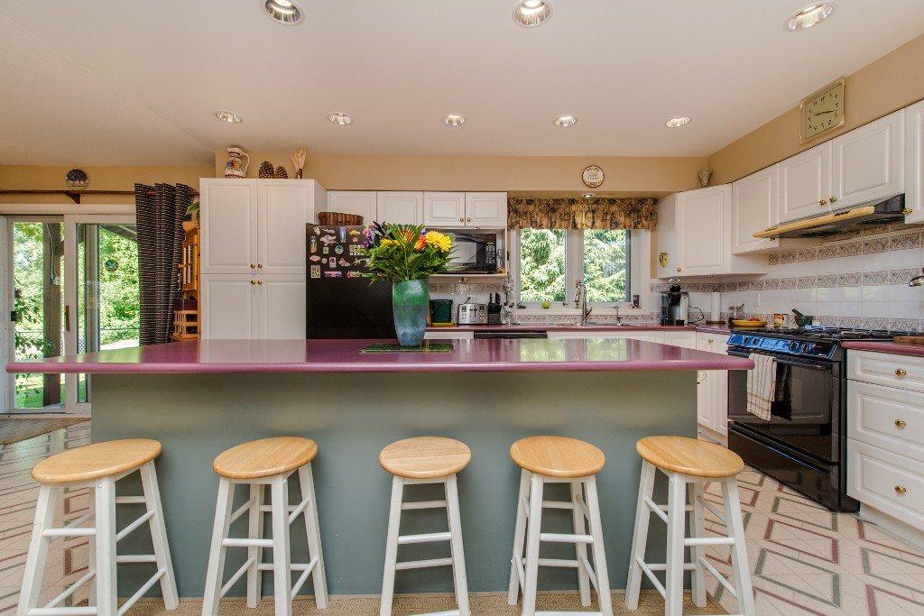 "Photo 17: Photos: 18190 92 Avenue in Surrey: Port Kells House for sale in ""PORT KELLS"" (North Surrey)  : MLS®# R2078409"