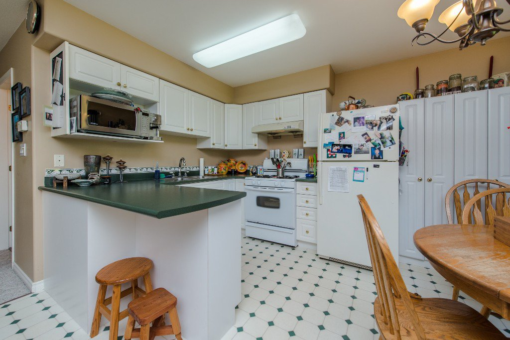 "Photo 42: Photos: 18190 92 Avenue in Surrey: Port Kells House for sale in ""PORT KELLS"" (North Surrey)  : MLS®# R2078409"