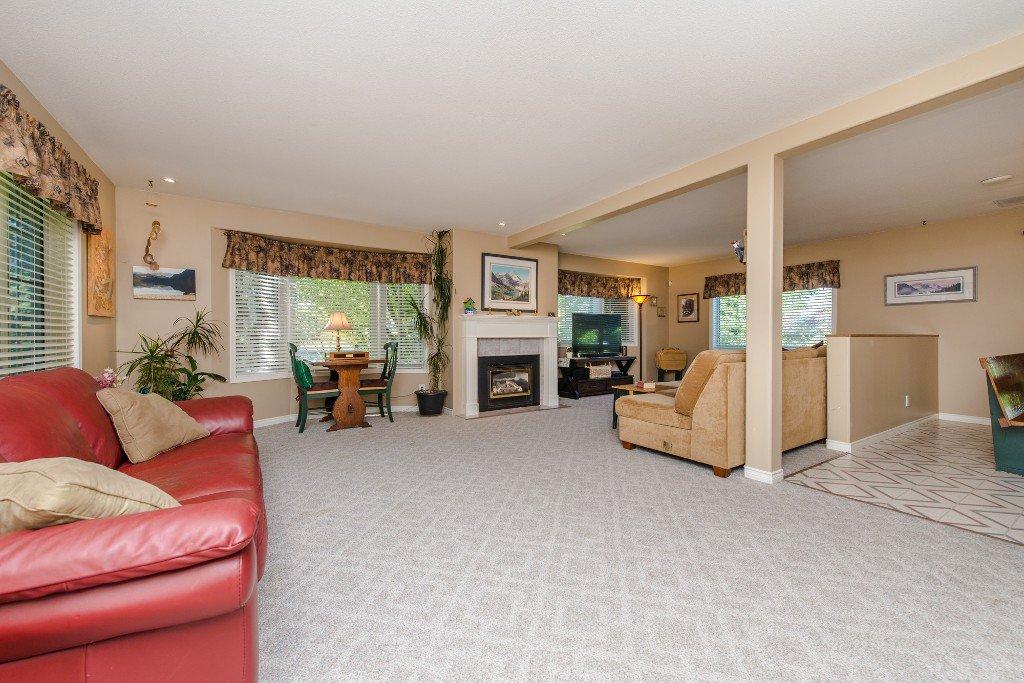 "Photo 9: Photos: 18190 92 Avenue in Surrey: Port Kells House for sale in ""PORT KELLS"" (North Surrey)  : MLS®# R2078409"