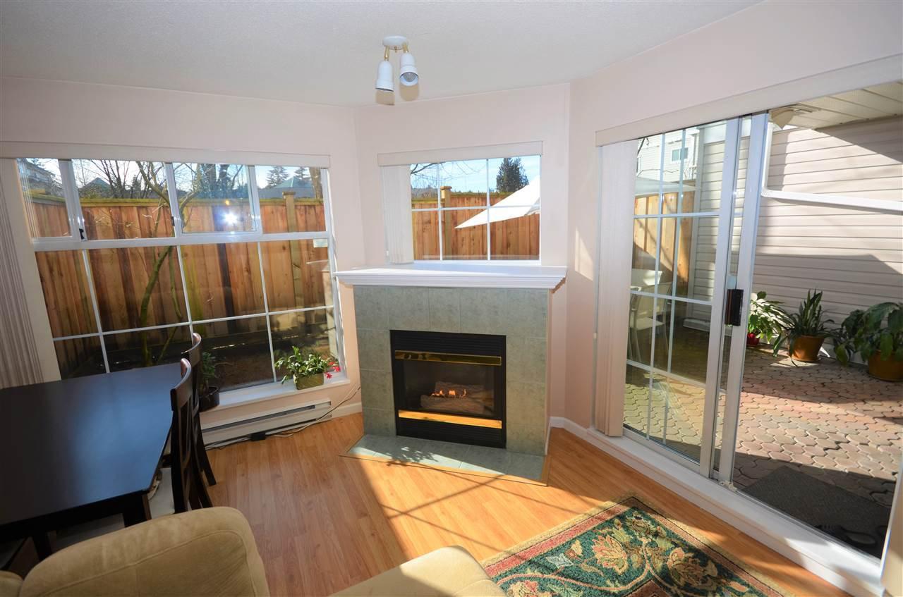 "Main Photo: 122 2678 DIXON Street in Port Coquitlam: Central Pt Coquitlam Condo for sale in ""SPRINGDALE"" : MLS®# R2142197"