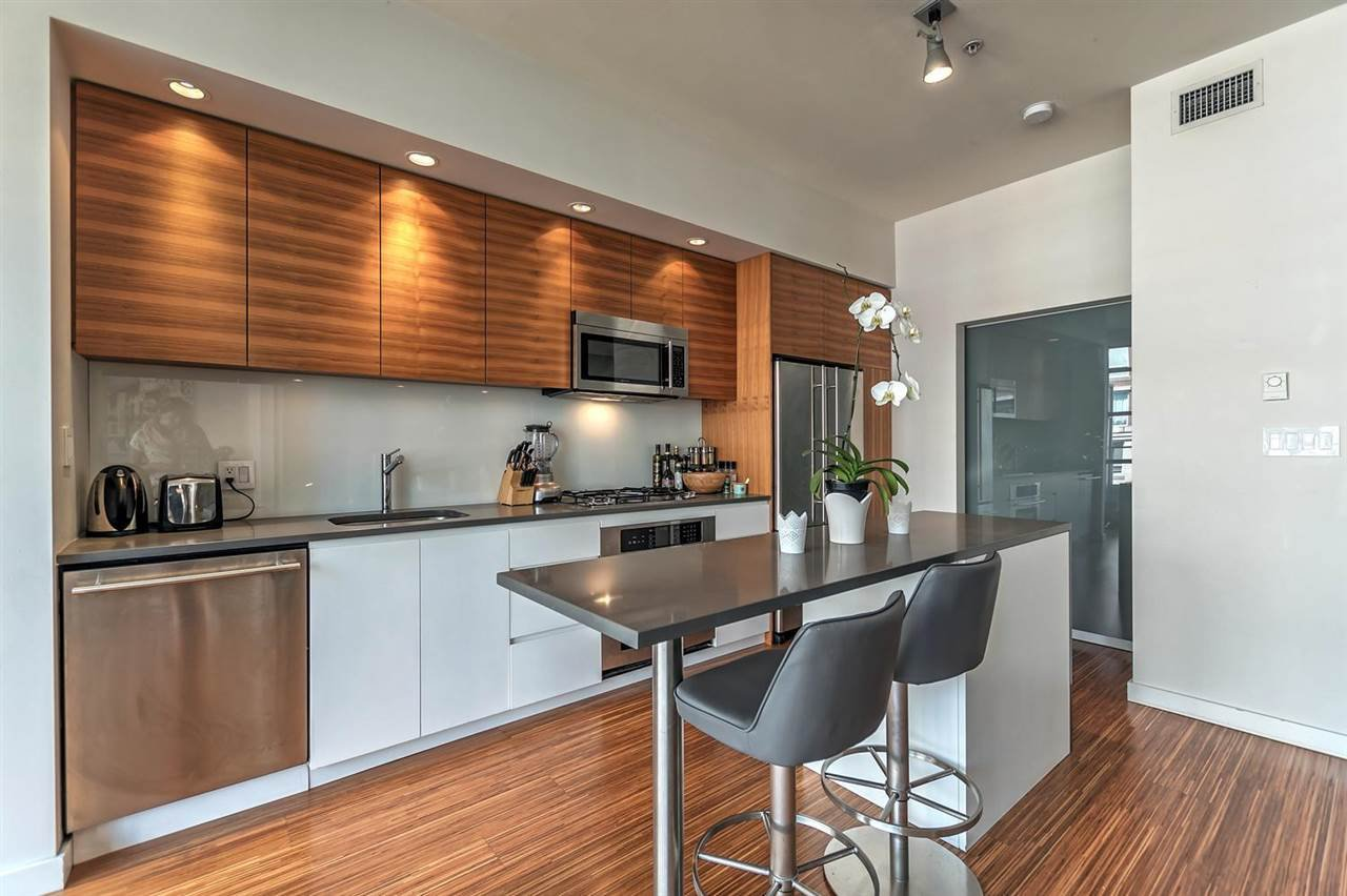 Main Photo: 605 1228 HOMER Street in Vancouver: Yaletown Condo for sale (Vancouver West)  : MLS®# R2189159