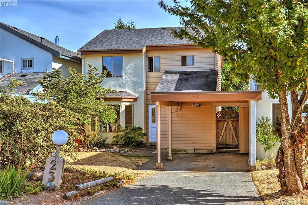 Main Photo: 23 7925 Simpson Road in SAANICHTON: CS Saanichton Townhouse for sale (Central Saanich)  : MLS®# 382467