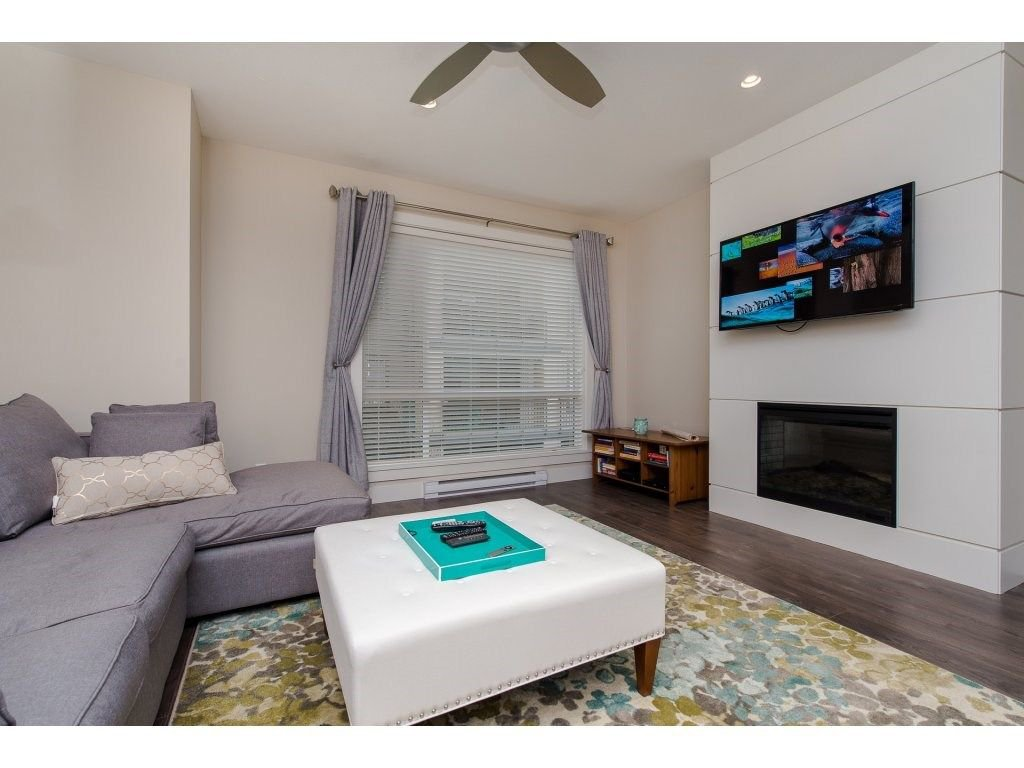 """Photo 9: Photos: 35 45615 TAMIHI Way in Sardis: Vedder S Watson-Promontory Townhouse for sale in """"EDGEMONT TOWNHOMES"""" : MLS®# R2243809"""
