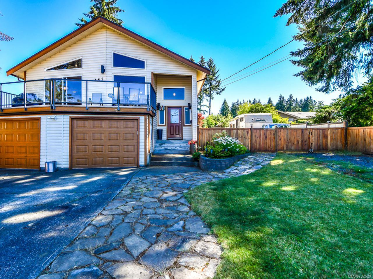 Main Photo: 487 HARROGATE ROAD in CAMPBELL RIVER: CR Willow Point House for sale (Campbell River)  : MLS®# 792529