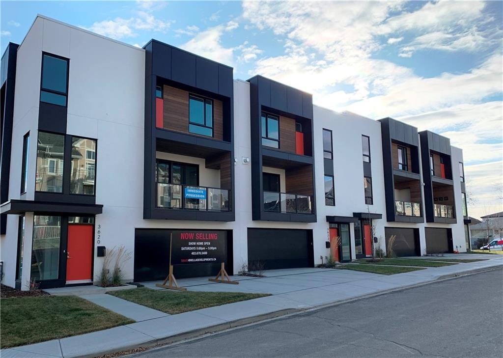 Main Photo: 3620 17 Street SW in Calgary: Altadore Row/Townhouse for sale : MLS®# C4239589
