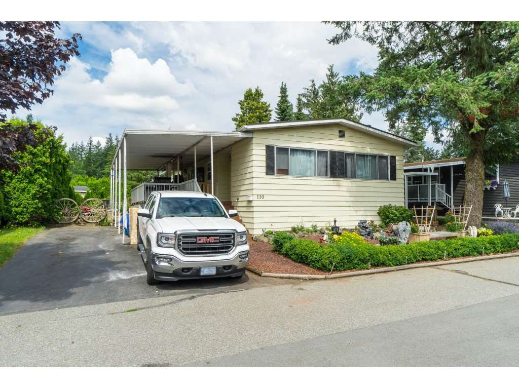 "Main Photo: 110 3665 244 Street in Langley: Otter District Manufactured Home for sale in ""Langley Grove Estates"" : MLS®# R2383716"