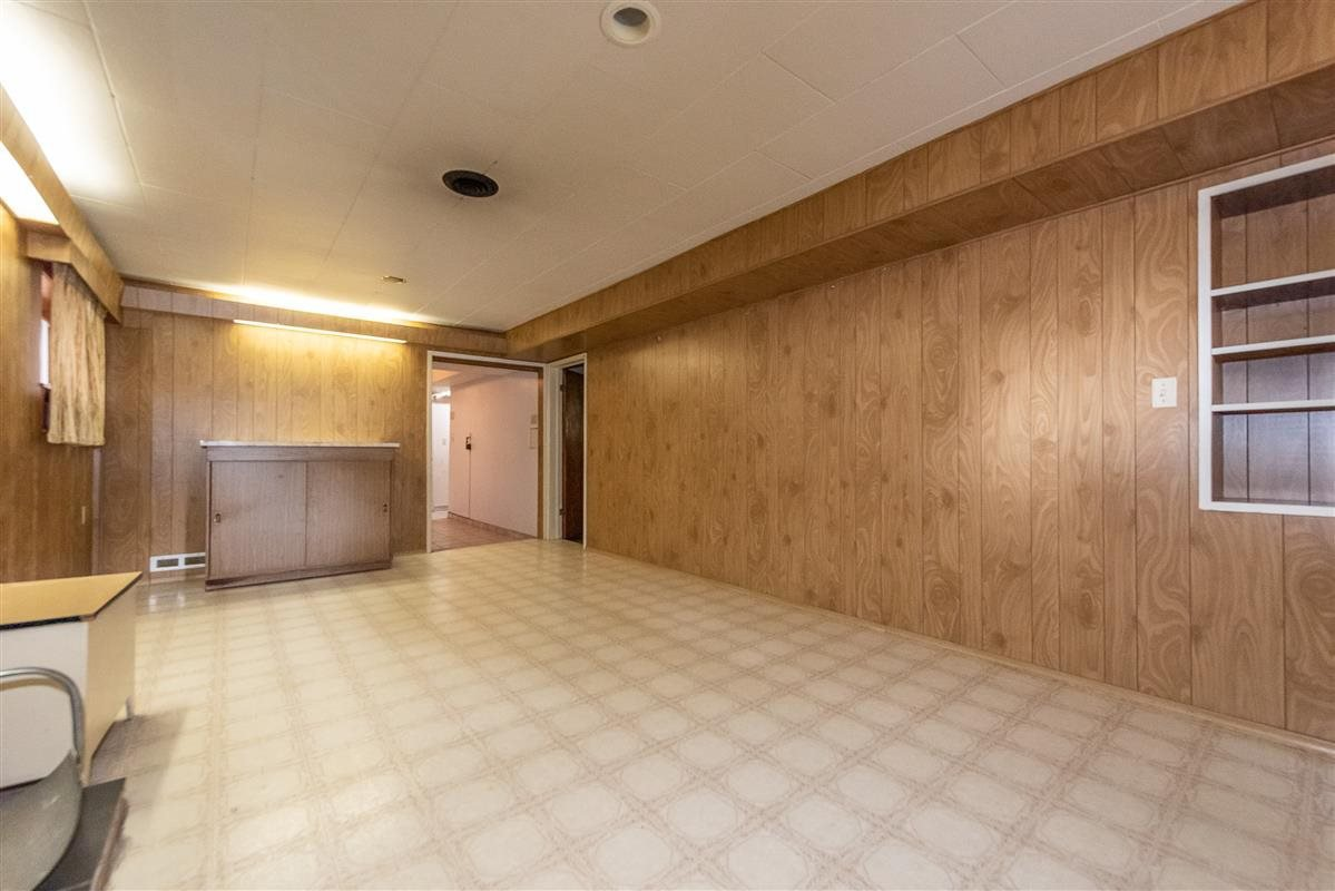 Photo 14: Photos: 2135 E 2ND Avenue in Vancouver: Grandview Woodland House for sale (Vancouver East)  : MLS®# R2385664
