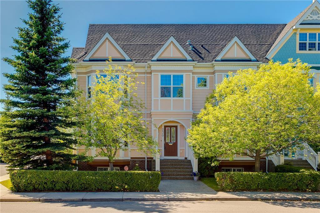 Main Photo: 230 SOMME Avenue SW in Calgary: Garrison Woods Row/Townhouse for sale : MLS®# C4261116