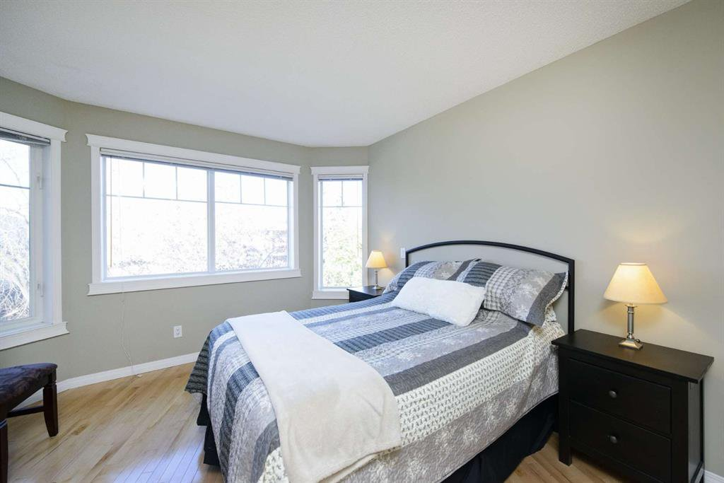 Photo 36: Photos: 51 38A Avenue SW in Calgary: Parkhill Row/Townhouse for sale : MLS®# A1043066
