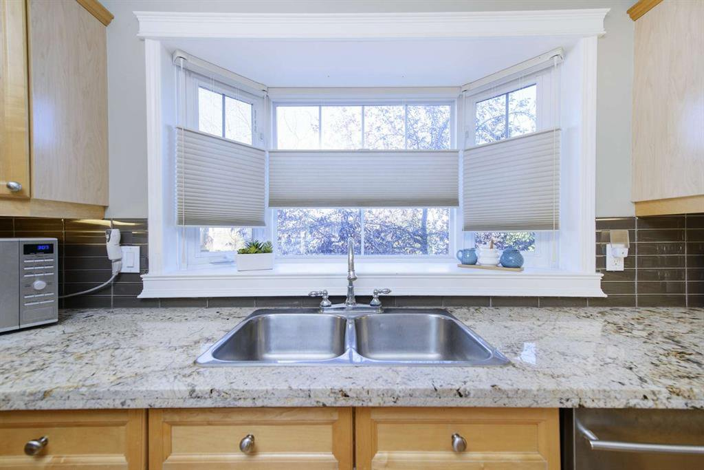 Photo 27: Photos: 51 38A Avenue SW in Calgary: Parkhill Row/Townhouse for sale : MLS®# A1043066