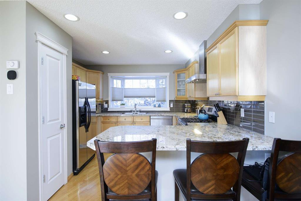 Photo 21: Photos: 51 38A Avenue SW in Calgary: Parkhill Row/Townhouse for sale : MLS®# A1043066