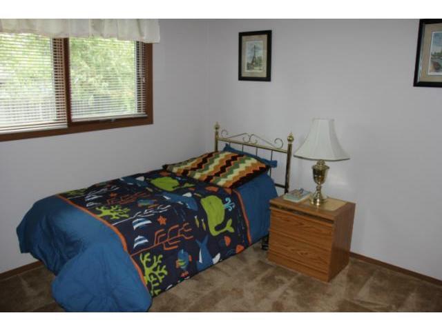 Photo 8: Photos: 100 Trowbridge Bay in WINNIPEG: St Vital Residential for sale (South East Winnipeg)  : MLS®# 1218841