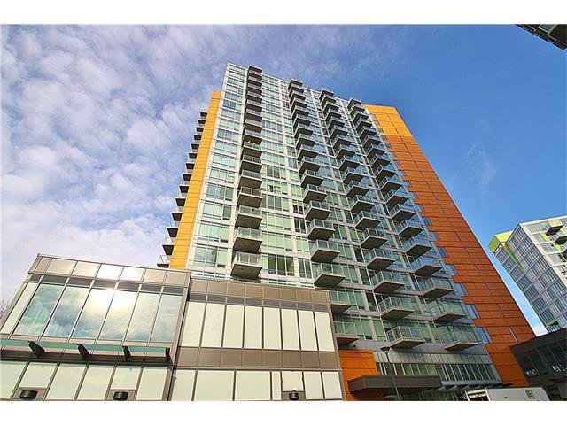 Main Photo: 1305 3830 BRENTWOOD Road NW in Calgary: Brentwood_Calg Condo for sale : MLS®# C4037340