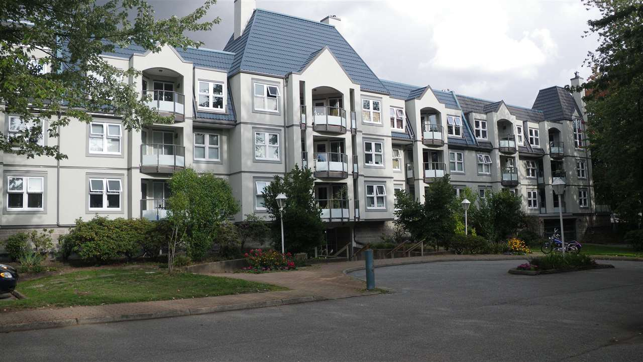 "Main Photo: 321 99 BEGIN Street in Coquitlam: Maillardville Condo for sale in ""LE CHATEAU"" : MLS®# R2016243"