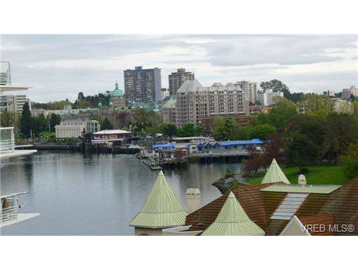 Main Photo: 616 68 SONGHEES Road in VICTORIA: VW Songhees Condo Apartment for sale (Victoria West)  : MLS®# 359112