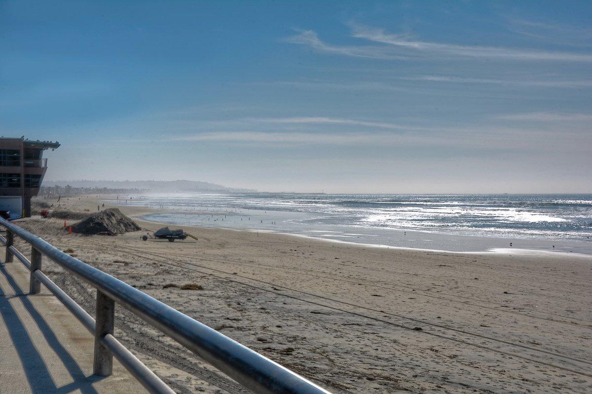 Photo 5: Photos: PACIFIC BEACH Condo for sale : 2 bedrooms : 4465 Ocean #34 in San Diego