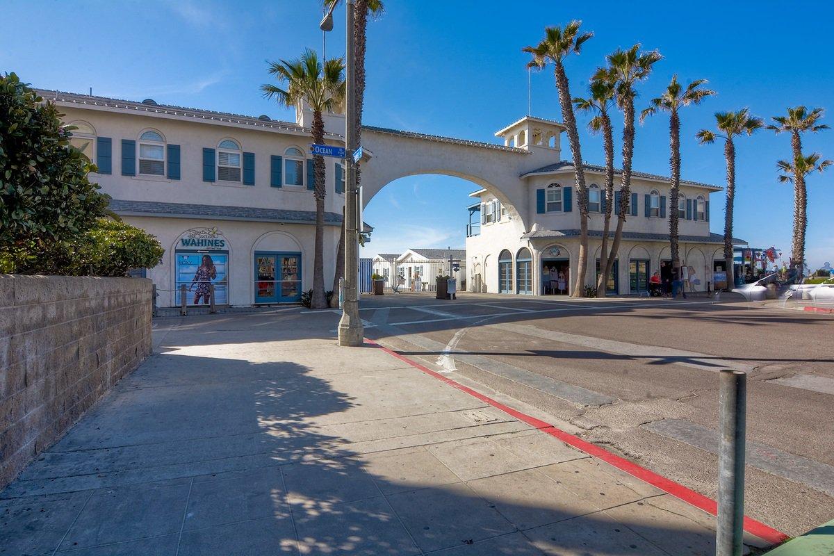 Photo 6: Photos: PACIFIC BEACH Condo for sale : 2 bedrooms : 4465 Ocean #34 in San Diego