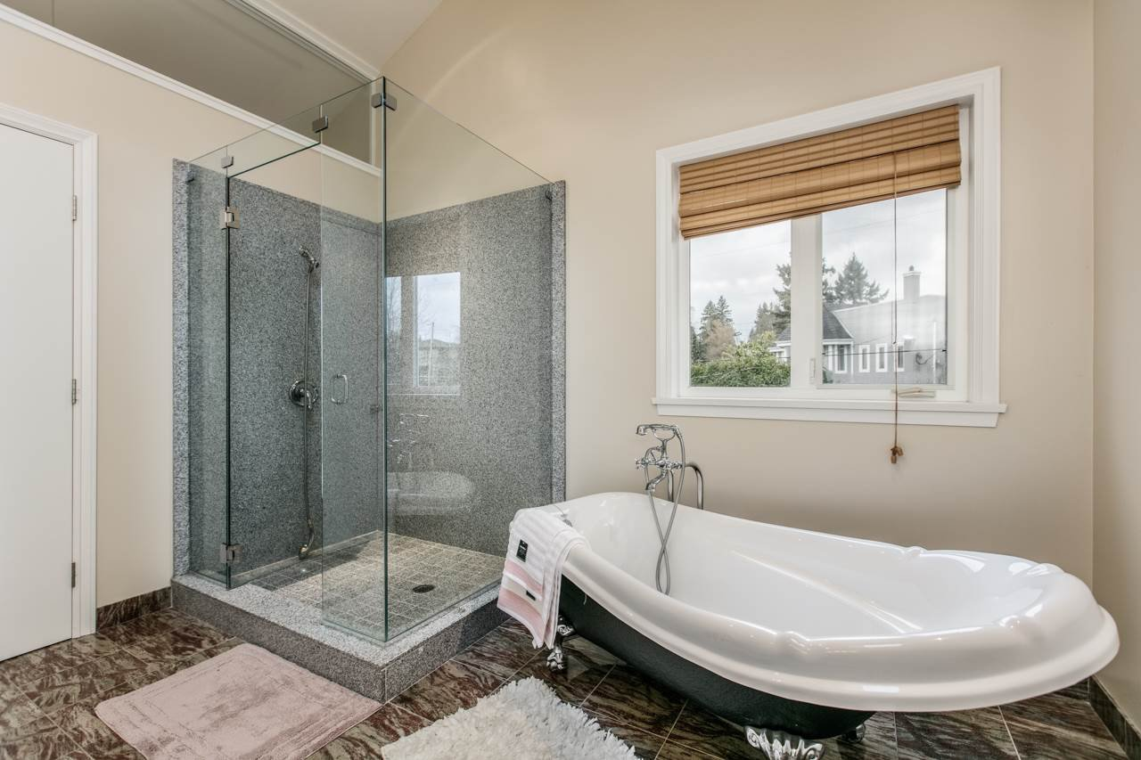 """Photo 12: Photos: 2437 W 51ST Avenue in Vancouver: S.W. Marine House for sale in """"SW MARINE"""" (Vancouver West)  : MLS®# R2033747"""