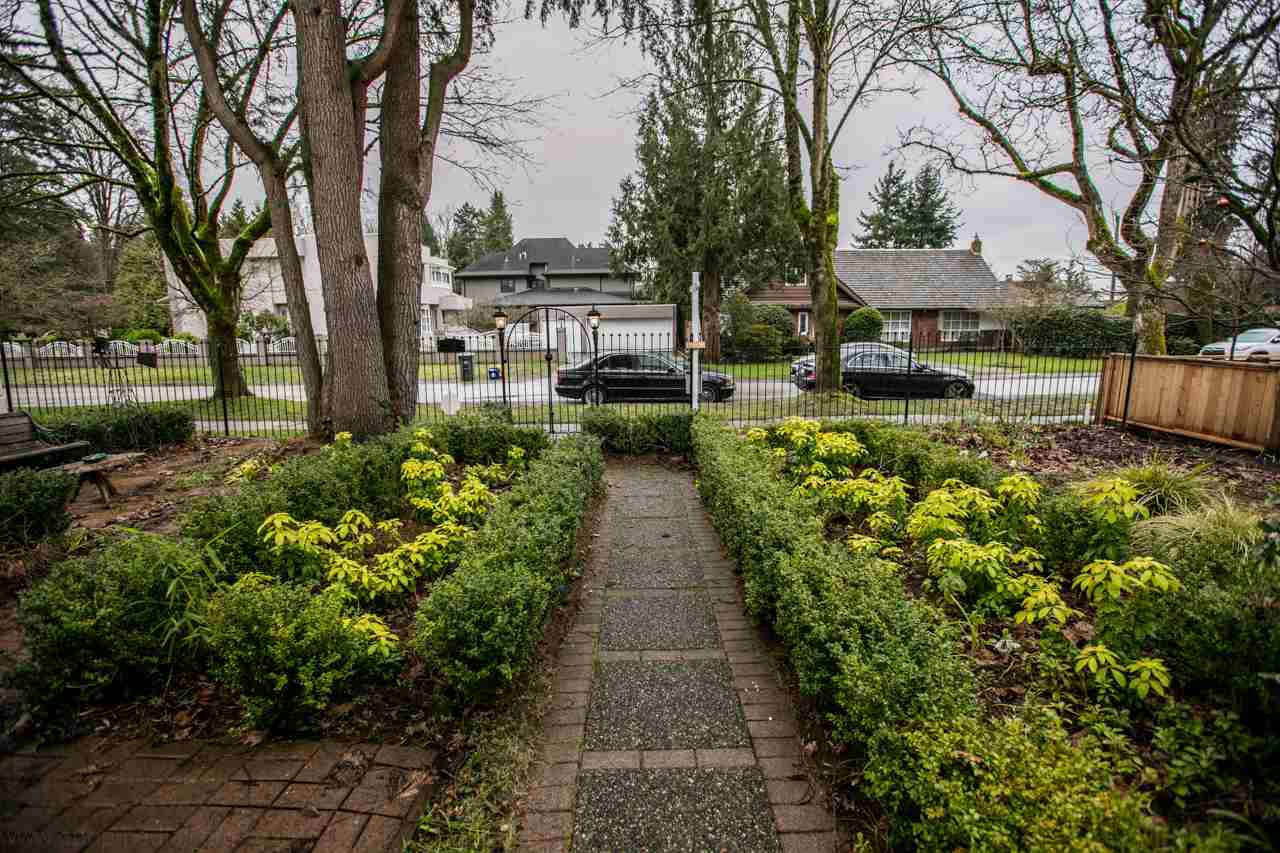 """Photo 2: Photos: 2437 W 51ST Avenue in Vancouver: S.W. Marine House for sale in """"SW MARINE"""" (Vancouver West)  : MLS®# R2033747"""