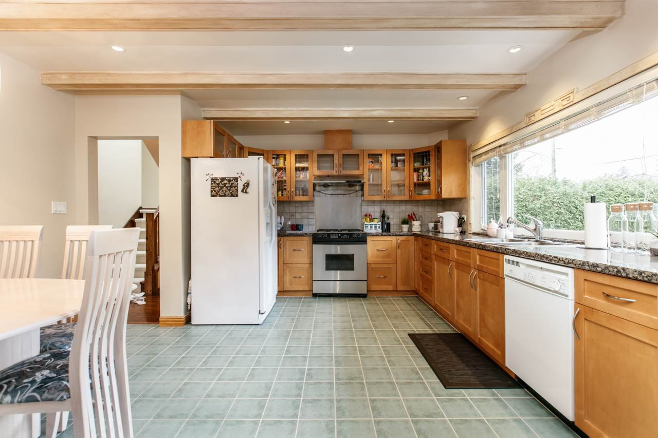 """Photo 8: Photos: 2437 W 51ST Avenue in Vancouver: S.W. Marine House for sale in """"SW MARINE"""" (Vancouver West)  : MLS®# R2033747"""