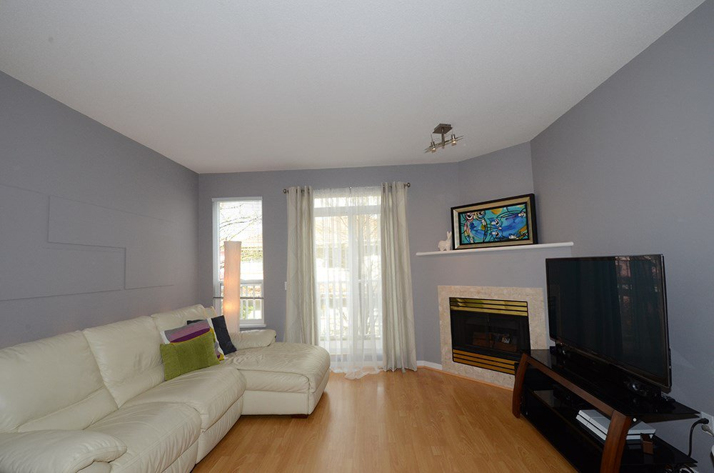 "Photo 4: Photos: 21 12331 MCNEELY Drive in Richmond: East Cambie Townhouse for sale in ""SAUSALITO"" : MLS®# R2053119"