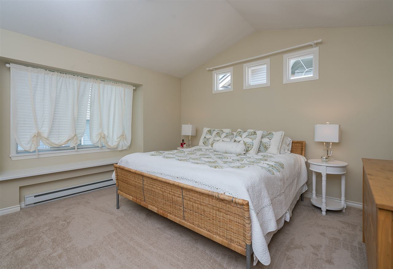 "Photo 11: Photos: 7055 201 Street in Langley: Willoughby Heights House for sale in ""JEFFRIES BROOK"" : MLS®# R2188614"