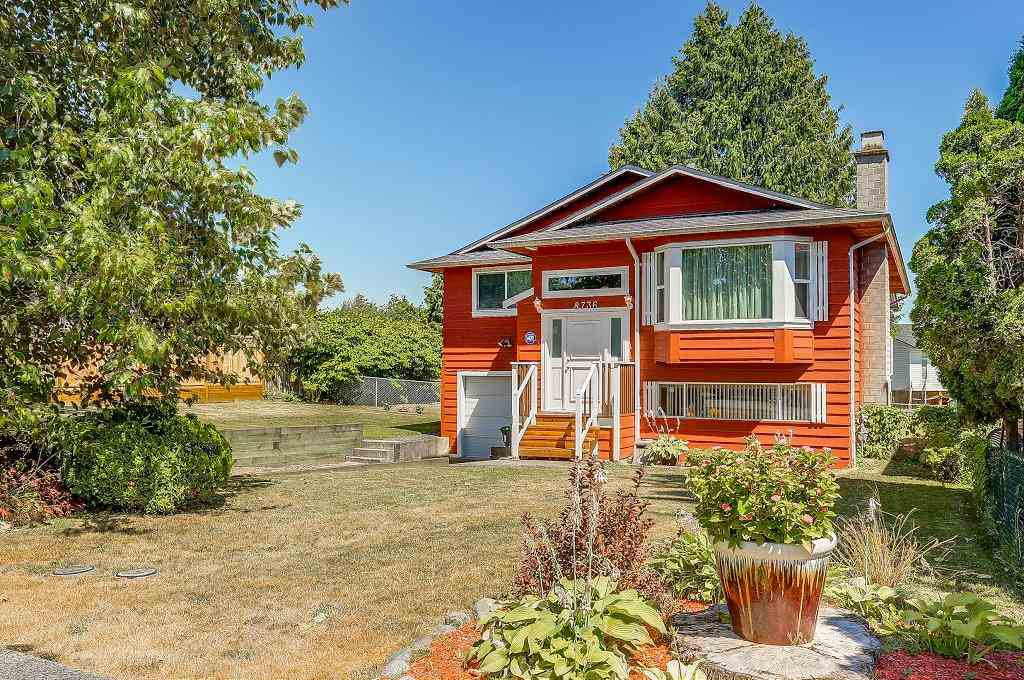 Main Photo: 8736 TULSY Crescent in Surrey: Queen Mary Park Surrey House for sale : MLS®# R2192315