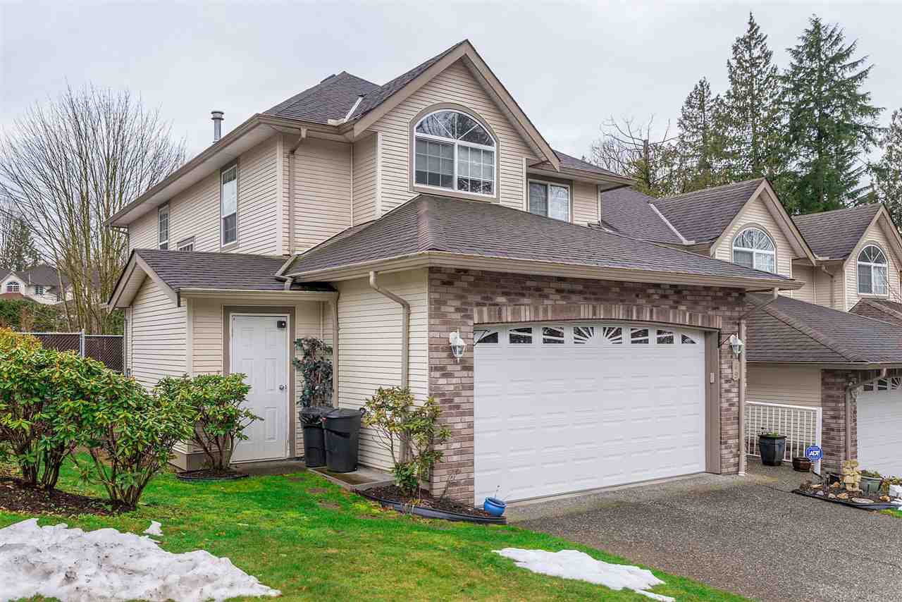 """Main Photo: 69 32777 CHILCOTIN Drive in Abbotsford: Central Abbotsford Townhouse for sale in """"Cartier Heights"""" : MLS®# R2244254"""