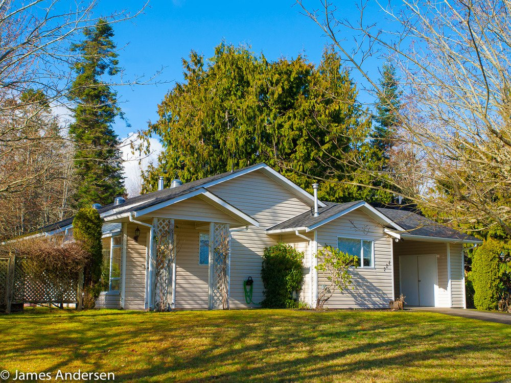 Main Photo: 224 Higson Cres in Qualicum Beach: House for sale : MLS®# 404242
