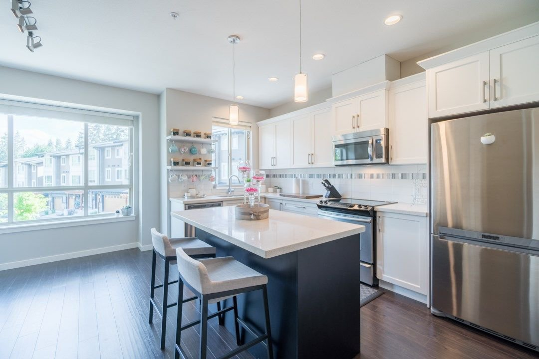 """Photo 2: Photos: 21 23986 104 Avenue in Maple Ridge: Albion Townhouse for sale in """"SPENCERBROOK"""" : MLS®# R2267403"""