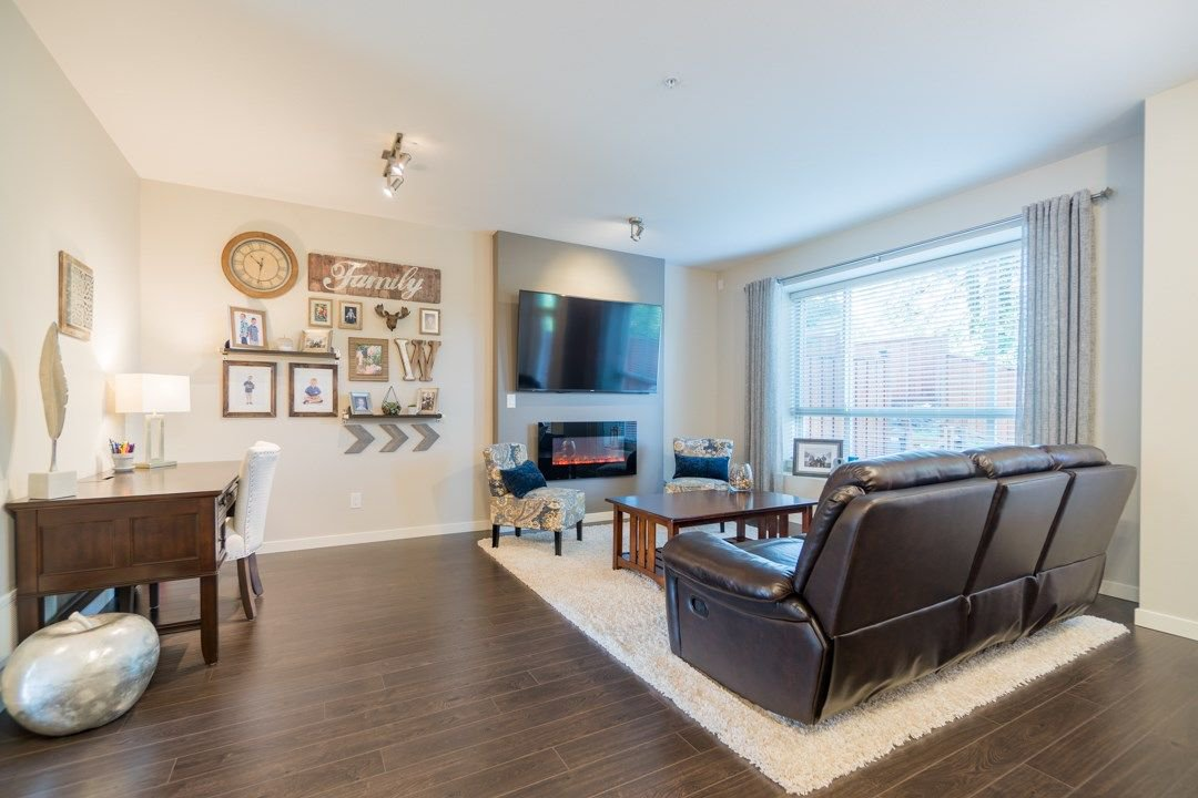 """Photo 9: Photos: 21 23986 104 Avenue in Maple Ridge: Albion Townhouse for sale in """"SPENCERBROOK"""" : MLS®# R2267403"""