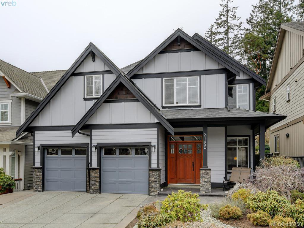 Main Photo: 2182 Stone Gate in VICTORIA: La Bear Mountain House for sale (Langford)  : MLS®# 808396
