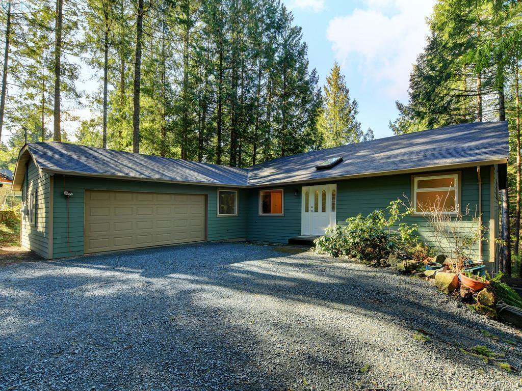 Main Photo: 1418 Millstream Road in VICTORIA: Hi Western Highlands Single Family Detached for sale (Highlands)  : MLS®# 407283