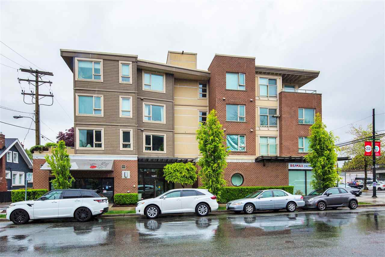 "Main Photo: 306 1689 E 13TH Avenue in Vancouver: Grandview Woodland Condo for sale in ""Fusion"" (Vancouver East)  : MLS®# R2370706"