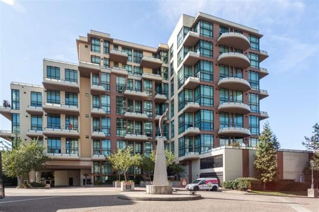 """Main Photo: 709 10 RENAISSANCE Square in New Westminster: Quay Condo for sale in """"MURANO LOFTS/QUAY"""" : MLS®# R2380774"""
