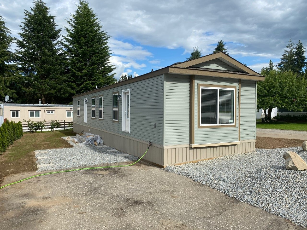 Main Photo: 44 3350 Northeast 10 Avenue in Salmon Arm: EVERGREEN MHP House for sale (NE Salmon Arm)  : MLS®# 10210730