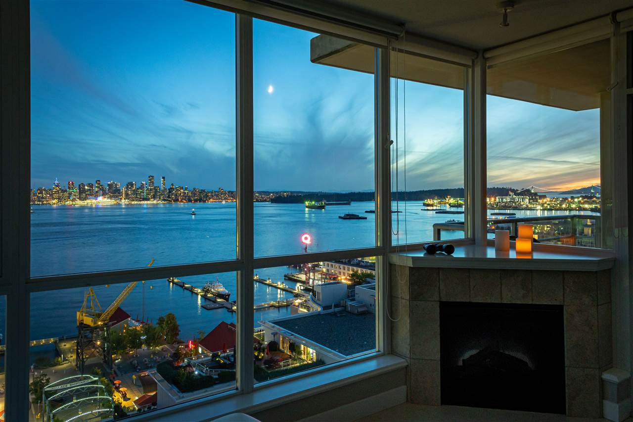 "Main Photo: 1903 138 E ESPLANADE Avenue in North Vancouver: Lower Lonsdale Condo for sale in ""Premiere at the Pier"" : MLS®# R2490556"