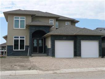 Main Photo: 219 Fleming Crescent in Saskatoon: Willowgrove Single Family Dwelling for sale (Saskatoon Area 01)  : MLS®# 405830
