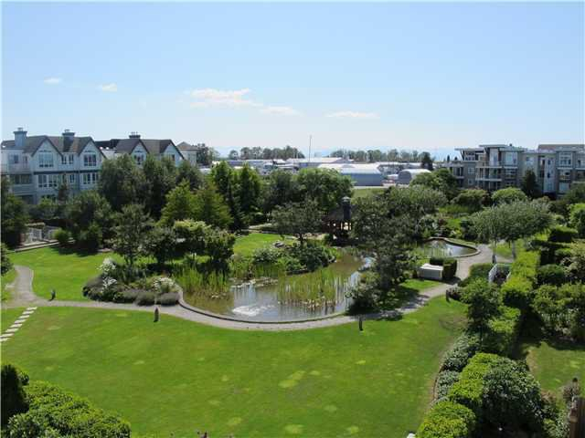 """Main Photo: 422 12633 NO 2 Road in Richmond: Steveston South Condo for sale in """"NAUTICA NORTH"""" : MLS®# V901321"""