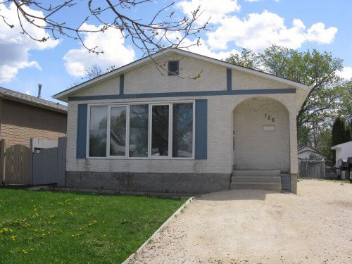 Main Photo: 126 Dorge Drive in Winnipeg: Fort Garry / Whyte Ridge / St Norbert Single Family Detached for sale (South Winnipeg)  : MLS®# 1221017