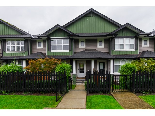 "Main Photo: 16 18199 70TH Avenue in Surrey: Cloverdale BC Townhouse for sale in ""Augusta"" (Cloverdale)  : MLS®# F1424865"