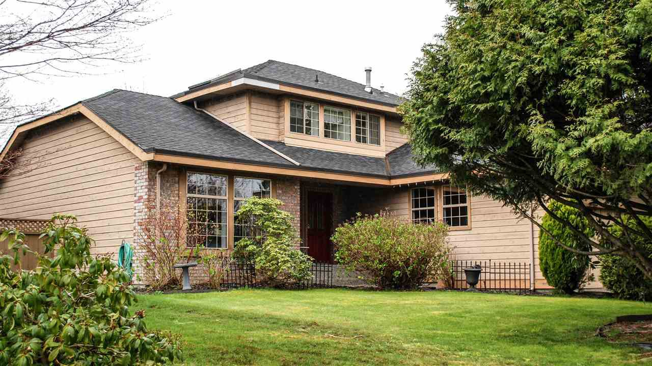 Main Photo: 18848 63A Avenue in Surrey: Cloverdale BC House for sale (Cloverdale)  : MLS®# R2048680