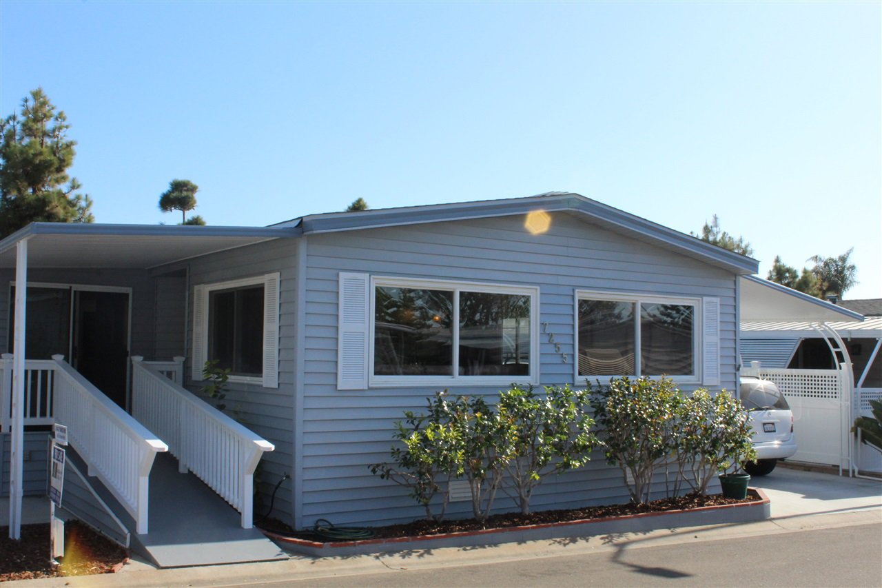 Main Photo: CARLSBAD WEST Manufactured Home for sale : 2 bedrooms : 7255 San Luis #251 in Carlsbad