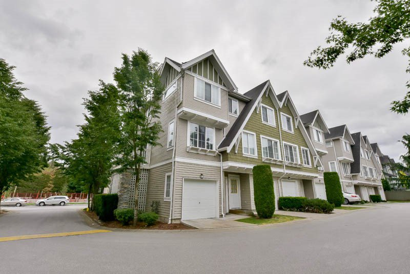 Main Photo: 1 8775 161 Street in Surrey: Fleetwood Tynehead Townhouse for sale : MLS®# R2070929