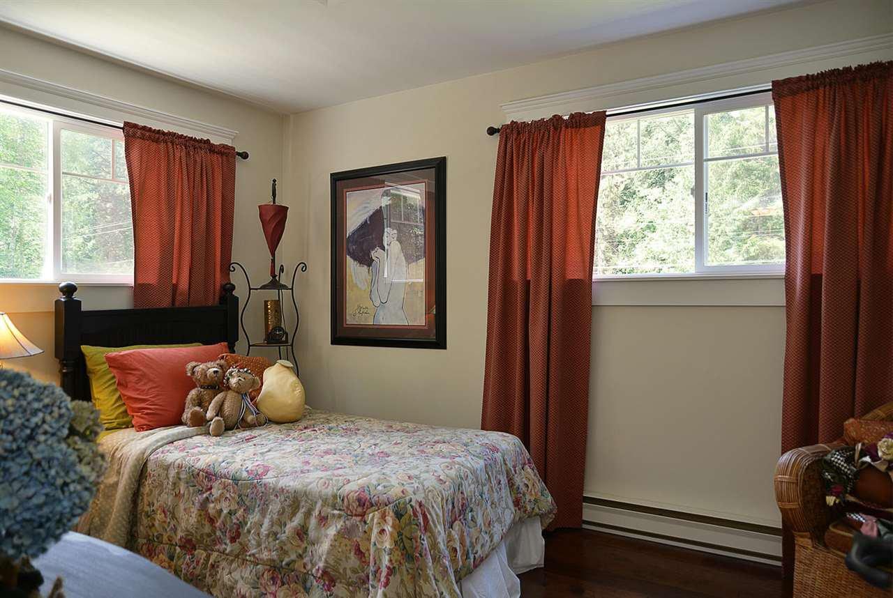 Photo 17: Photos: 5760 MASON Road in Sechelt: Sechelt District House for sale (Sunshine Coast)  : MLS®# R2090042